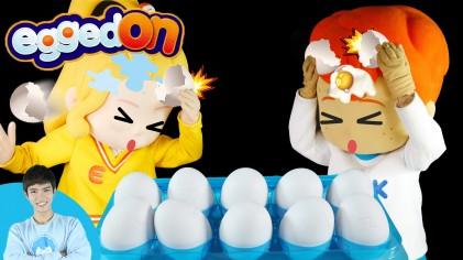 캐빈과 꼬마친구들의 달걀 안에 숨겨진 물폭탄 피하기 복불복 Egged On 게임 l 캐리앤 플레이