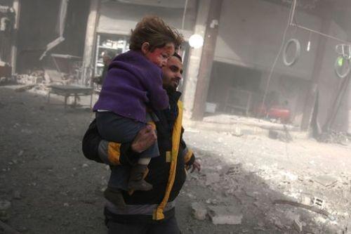 시리아 정부군, 무차별 폭격…동(東)구타 '제2 알레포' 되나