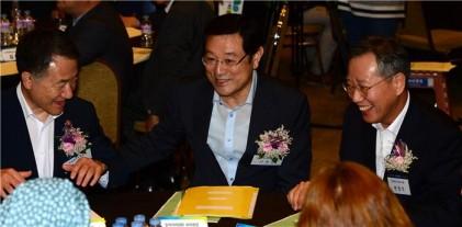 """이용섭 """"일자리 인프라 구축 역점…점차 성과날 것"""""""