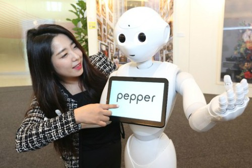 車·반려동물·라디오 진행…일본의 AI는 이미 '생활동반자'