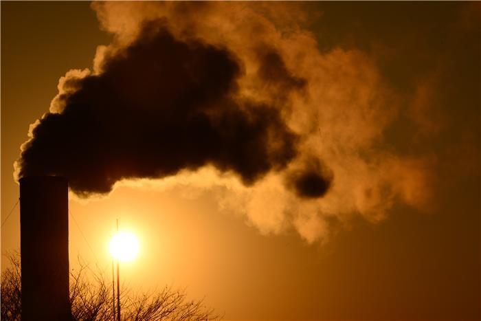 전 정부 '원전', 새정부는 '안전·환경'에 방점