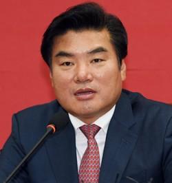 '정치자금법 위반' 원유철 의원 13일 소환