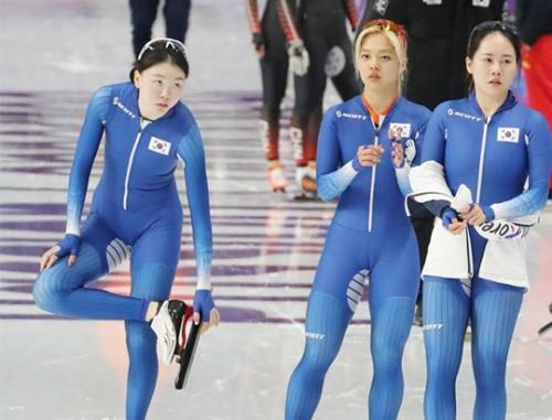 '왕따 논란' 최악의 팀워크…여자 팀추월 훈련 돌입
