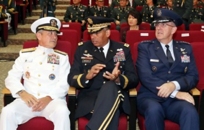 미군 수뇌부 한반도 집결… 강력한 대북 메시지 보낸다