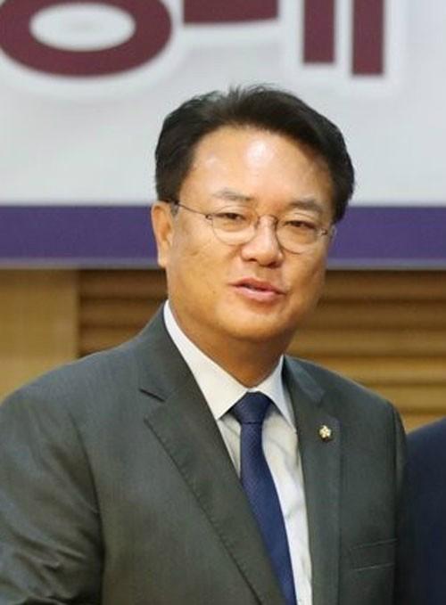 """""""盧 전 대통령, 부부싸움 뒤 목숨 끊어"""""""