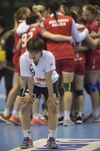 여자핸드볼 유소정 '패배의 쓴 맛'