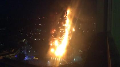 그렌펠 화재 여파...외장재 같은 런던 아파트 800가구 대피
