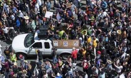 보스턴 등 美 전역 인종차별 반대 대규모 집회 물결