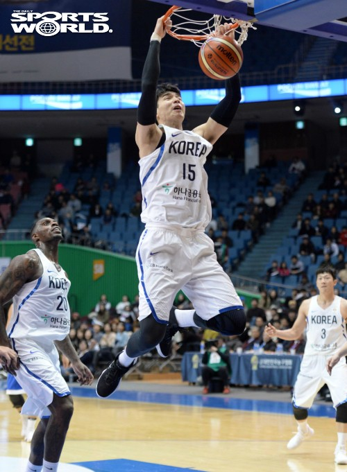 김종규, 국가대표의 덩크슛
