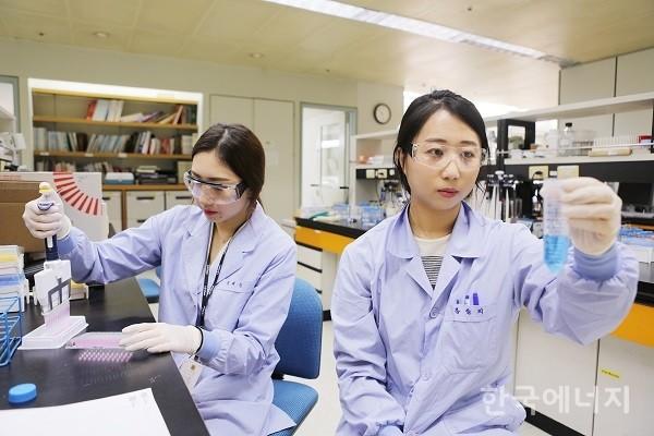 LG화학, 첫 항체바이오藥 '유셉트' 국내 판매허가