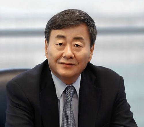 '1세대 재벌총수' 김준기 회장 불명예 퇴진
