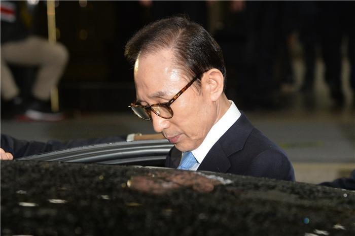 MB 구속 여부, 22일 박범석 판사 손에 달렸다(종합)