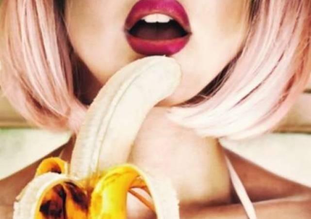 Lesbian anal porn threesome