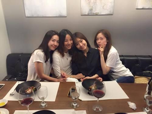 핑클, 데뷔 20주년…재결합설 불씨 지폈다