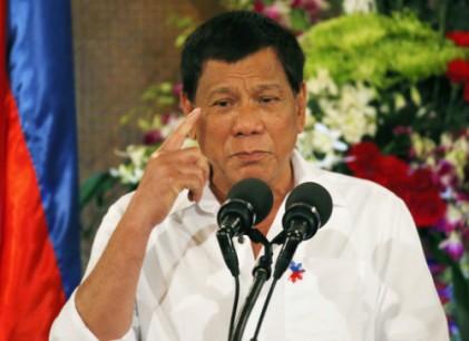 필리핀 길거리서 담배 피면 최고 22만원 벌금···흡연 관광객