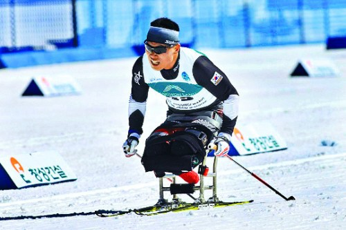 크로스컨트리 7.5km 신의현, 한국 동계패럴림픽 사상 첫 금메달 획득