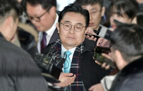 '뇌물성 후원금' 혐의 전병헌 구속기로