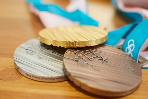 평창올림픽 메달 공개…
