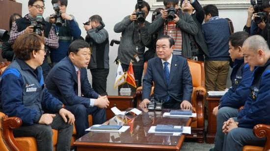 한국GM 군산공장 폐쇄, 국회 산자위서도 논의한다