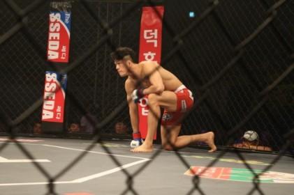 """8전 전승 조성빈 """"계속 부딪치고 싸우면서 UFC에 진출하고 싶다"""""""
