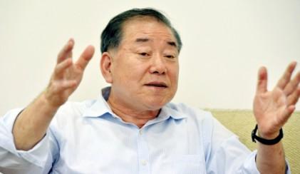 """문정인 """"서해평화지대로 남북 대화 물꼬 터야"""""""