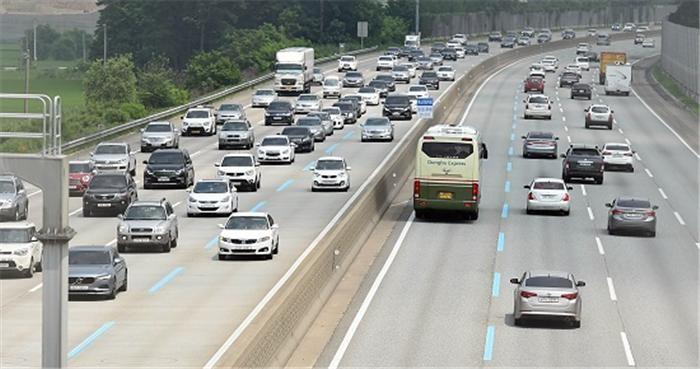 추석 연휴 고속도로, 3일 오전·4일 오후 가장 혼잡