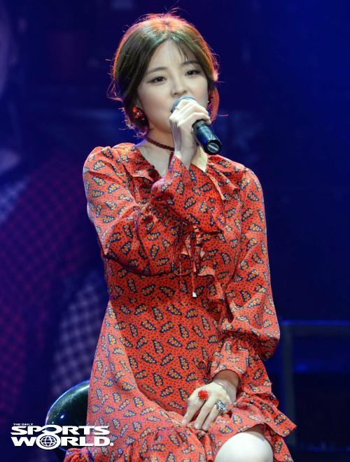 가수 헤이니, 동화 감성의