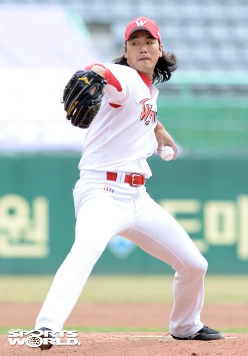 SK 김광현, kt 시범경기 선발 등판