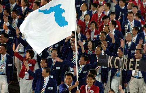 남북, 평창올림픽 '한반도기' 들고 공동 입장