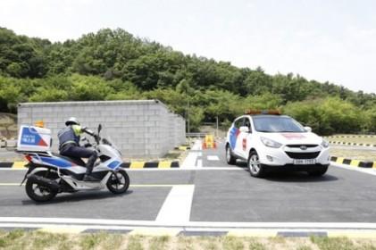 오토바이 전용 교육장…에스원 '바이크스쿨' 준공