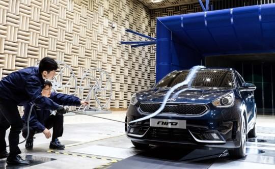 '한번 충전 380km 주행' 기아차 니로EV 예약판매…7월 출시