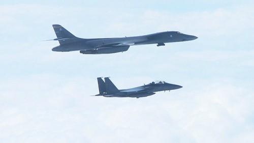 """국정원 """"北이 B-1B NLL 비행 모르자 미국,"""