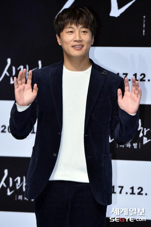차태현, '아빠 미소'