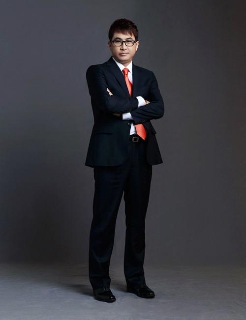김준완의 슈퍼캐치, 분위기를 압도하다
