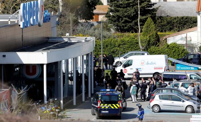 프랑스 슈퍼마켓 테러, 4명 사망 10명 이상 부상…범인은 IS